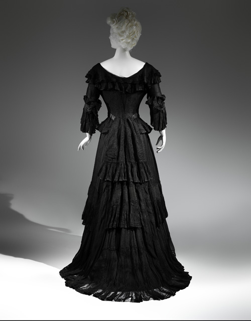 3. Mourning Dress, 1902-1904